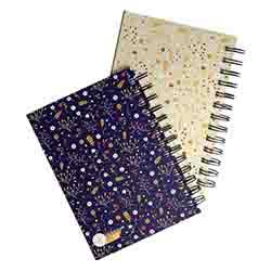 دفتر یادداشت 80 برگ فنر دوبل جلد گلاسه آوای مهر بسته 6 جلدی 2426