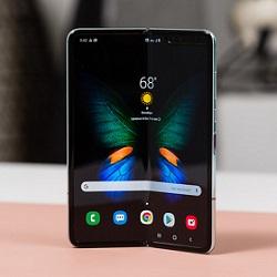 سامسونگ Galaxy Fold  جدید با قیمت ارزانتر وارد بازار میشود
