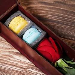 جعبه گل علاقه و سپاس تک شاخه رز هلندی
