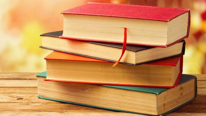 چگونه یک کتاب مناسب انتخاب و خرید کنیم؟