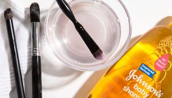 بهترین راه برای پاک کردن آرایش صورت چیست؟
