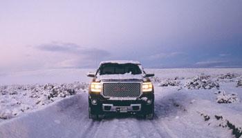 تجهیزات زمستانی سفر که باید در خودروی خود داشته باشید