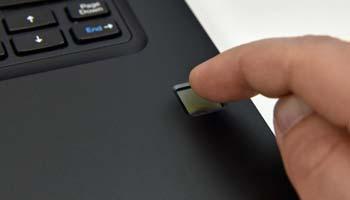 کاربردهای حسگر اثر انگشت در لپ تاپ