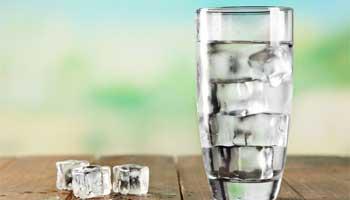 آیا نوشیدن آب سرد برای سلامتی ضرر دارد؟