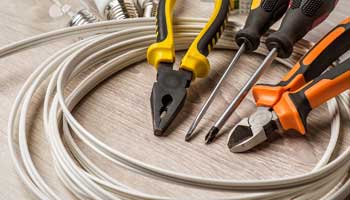 مهمترین ابزارآلاتی که برای تعمیر وسایل خانه نیاز دارید